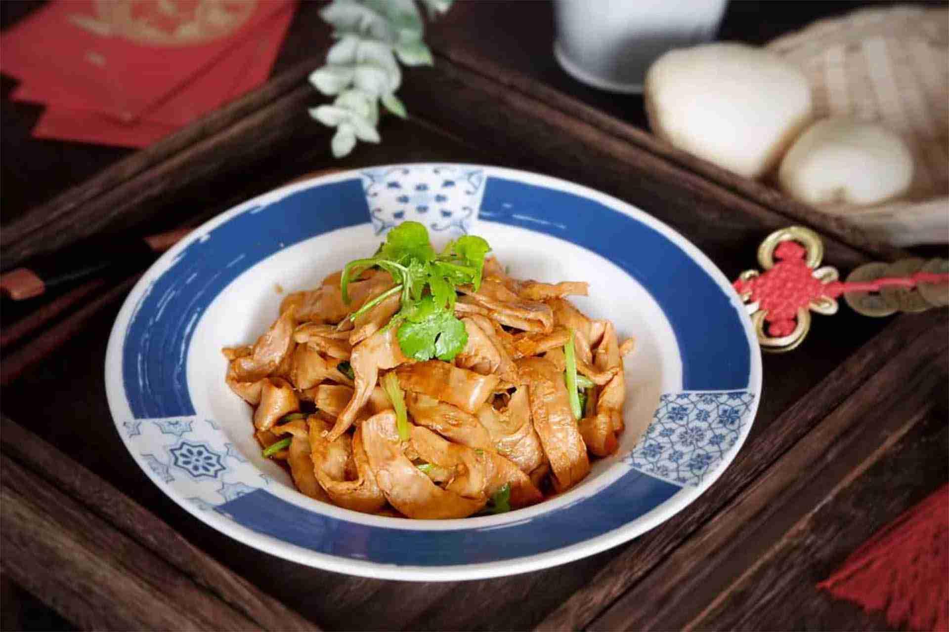 Stir-fried Vegetarian meat with Cilantro